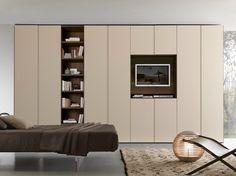 Sectional wardrobe with built-in TV LISCIA Tecnopolis Collection by Presotto Industrie Mobili | design Pierangelo Sciuto