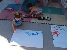 balloons, paint, feet = FUN Also a reminder to do big painting outside Craft Activities For Kids, Crafts For Kids, Arts And Crafts, Preschool Painting, Balloon Painting, Love Balloon, Special Kids, Art For Kids, Kid Art