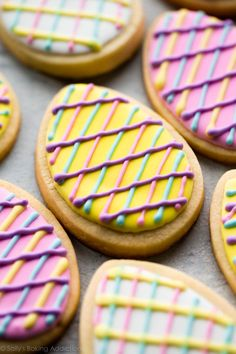 Let these decorated Easter egg sugar cookies inspire you for your Easter baking! Use my soft sugar cookie recipe and perfected royal icing for decorating. No Egg Cookies, Iced Cookies, Sugar Cookies Recipe, Cookies Et Biscuits, Baby Cookies, Heart Cookies, Baking Cookies, Easter Cookie Recipes, Easter Snacks
