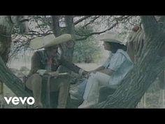 Vicente Fernández - Que de raro tiene (1992) - YouTube