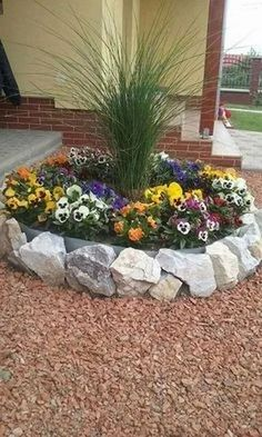 50 Stunning Spring Garden Ideas for Front Yard and Backyard Landscaping - Déco jardin - Florida Landscaping, Landscaping With Rocks, Front Yard Landscaping, Landscaping Ideas, Outdoor Landscaping, Decorative Rock Landscaping, Inexpensive Landscaping, Hillside Landscaping, Landscaping Supplies