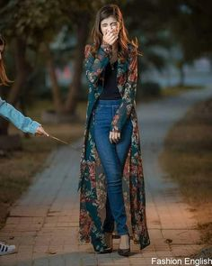 99 Perfect Kimono Outfits Ideas For 2019 When it comes to clothing it always somehow reflects the time and mood and even emotions of the wearer and […] Look Fashion, Hijab Fashion, Indian Fashion, Girl Fashion, Fashion Dresses, Womens Fashion, Fashion Design, Fashion Trends, Fashion Clothes