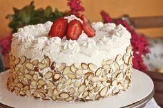 Outcakes - Italian Rum Cake - Miri in the Village - Italian Desserts - Red Apple Italian Rum Cake, Italian Sponge Cake, Italian Wedding Cakes, Italian Bakery, Italian Desserts, Just Desserts, Delicious Desserts, Italian Pastries, Italian Cookies