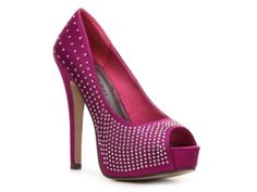 Bought these in silver for my cousin. Might wanna go back to get the hot pink for myself ;-) Madden Girl Luzter Pump.