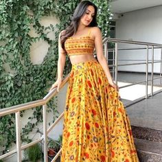 Latest Collection of Lehenga Choli Designs in the gallery. Lehenga Designs from India's Top Online Shopping Sites. Indian Gowns Dresses, Indian Fashion Dresses, Dress Indian Style, Indian Designer Outfits, Designer Dresses, Designer Lehanga, India Fashion, Fashion 2020, Fashion Online