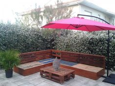 Complete Pallet Garden Lounge With Table & Planters Pallet Desks & Tables Pallet Lounges & Garden Sets Pallet Sofas