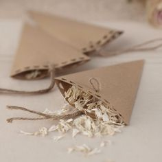 10 Brown Kraft Confetti Cones - Vintage Affair