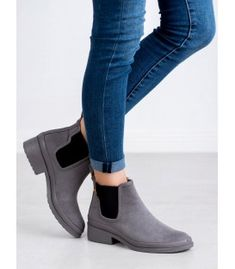 Beautiful, gray boots from the footwear manufacturer Kylie, is the perfect choice in the autumn / winter season. The shoes are made of high quality organic suede leather. Heeled Boots, Shoe Boots, Shoes, Types Of Heels, Grey Boots, Jodhpur, Suede Leather, Kylie, Chelsea Boots