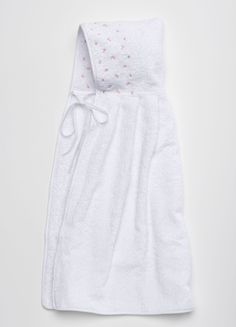 ANICHINI Bambini's Gioia is an enchanting collection of bath linens for baby. Perfect for swaddling baby after bath. Made in Italy.