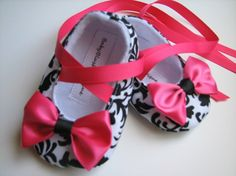 cute baby girl shoes of only they fit me...