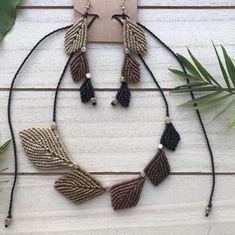 """Makramee Schmuck Set """"Blatt"""" 🍃 Macrame Bracelets, Tassel Necklace, Magic Art, Tassels, Dreads, Jewelry, Fashion, Macrame Jewelry, Ear Piercings"""