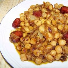 Garbanzos a lo pobre Nut Recipes, Chickpea Recipes, Bean Recipes, Mexican Food Recipes, Cooking Recipes, Healthy Recipes, Ethnic Recipes, Spanish Dishes, Yummy Food
