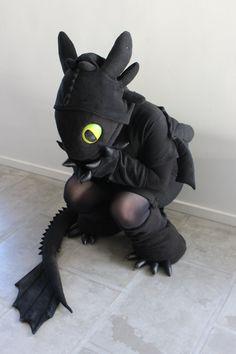 Toothless Kigurumi cosplay :3 by Aabenhuus on deviantART
