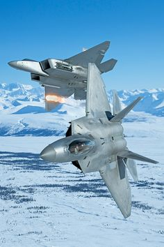 http://sploid.gizmodo.com/these-photos-of-f-22-arctic-raptors-in-alaska-are-so-st-1731239364