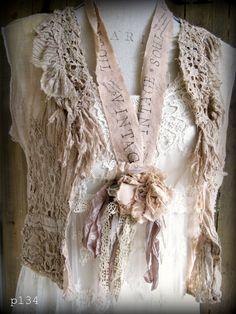 PARIS Rags: Rag Rose Necklace Giveaway!!!!