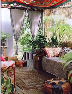 dreaming about relaxing on this boho porch