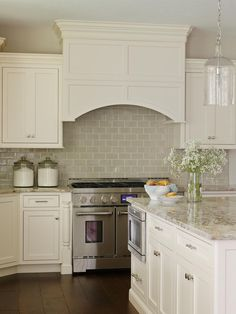 30 Best Off White Kitchen Cabinets Ideas Kitchen White Kitchen White Kitchen Cabinets