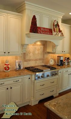 Custom Bathroom Cabinets & Kitchen Cabinets Gallery