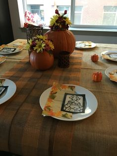 Thanksgiving settings on a budget