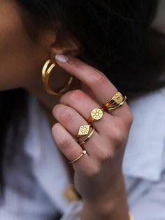 Jewelry Trends, Jewelry Accessories, Fashion Accessories, Jewelry Design, Fashion Jewelry, Fashion Necklace, Golden Jewelry, Silver Jewelry, Accesorios Casual
