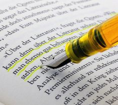 Whatever the #task – editing manuscripts, worksheets or presentations – the bold, fresh charm of the M205 DUO #Highlighter from Pelikan will make it a pleasure. - http://thegadgetflow.com/portfolio/fountain-pen-with-highlighter-ink/