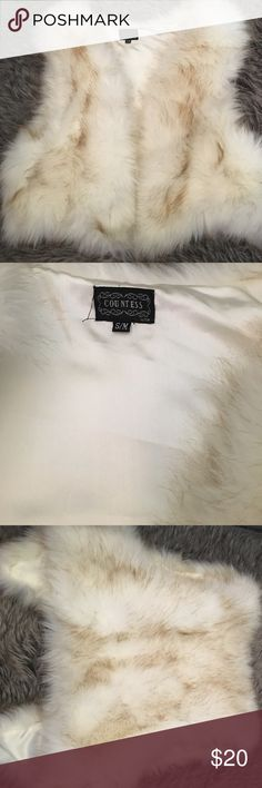 Faux fur vest jacket Like new only wore once, very cute and comfy Other