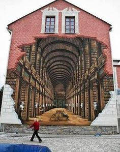 3D Street Art - could maybe do looking inside the ark?