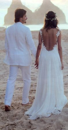 I love this back for a beach wedding. just stunning