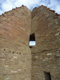 Corner door