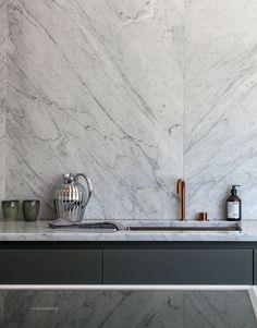 Per_Jansson_marble_Kitchen