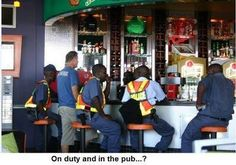 Your tax money hard at work. African Jokes, News South Africa, Picture Fails, Funny Clips, Police, Funny Pictures, Funny Memes, Humor, Money