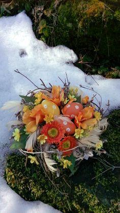 Velikonoční dekorace s vajičky