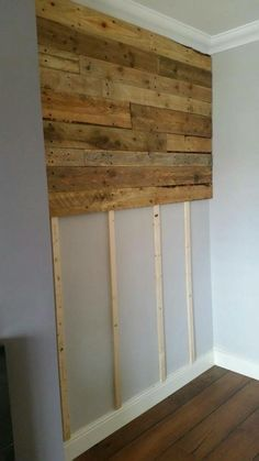 Pallet Furniture Projects Pallet Wall Living Room Pallet Projects Pallet Walls - Got the pallet wood from builders at a construction site near our home. Then, I've simply done a little bit of sanding and staining with specific finishing wood oil. Wooden Pallet Wall, Wooden Pallets, Pallet Walls, Pallet Wall Bedroom, Pallet Ideas For Walls, Wooden Doors, Pallet Shelves, Pallet Accent Wall, Pallet Door