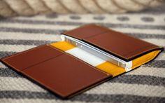 Classics iPhone Wallet Leather Art, Custom Leather, Handmade Leather, Leather Phone Case, Leather Wallet, Book Maker, Best Wallet, Mobile Cases, Iphone Wallet