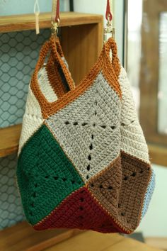 Free and New Trend Crochet Bag PAttern for This Season Part 33 - Crochet market bag free pattern - Crochet Bag Tutorials, Crochet Diy, Filet Crochet, Crochet Motif, Crochet Crafts, Crochet Projects, Crochet Patterns, Simple Crochet, Knitting Patterns