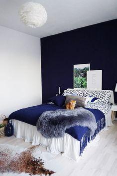 WWW.INNERCLASSY.COM // German Fashion & Interior Blogger // Interior Design, My Bedroom, Mein Schlafzimmer, Scandinaviandesign, Ikea, Westwing, H&M Home, Vita, Dark Blue