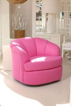 Create a Girly Retro Feel in Any Space with the Pink Bubble Chair trendhunter.com