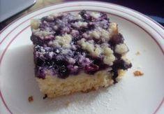 Kynutý táč s ovocem a drobenkou Blueberry Crumble Cake, Dessert Recipes, Desserts, Acai Bowl, Oatmeal, Vanilla, Tacos, Muffin, Food And Drink