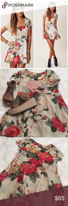 SALE❤️Show Me Your Mumu Lady Rose Babydoll Dress So pretty and perfect paired with tights or dressed down with sandals! Excellent pre worn condition. Lightly lined on the bottom and unlined on top. No trades!! 017173500gwf Show Me Your MuMu Dresses Mini