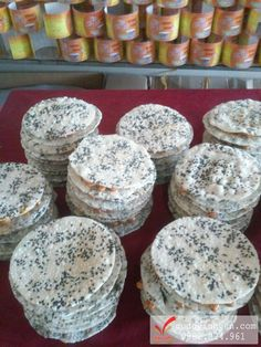 Những miếng kẹo thơm ngon, đặc sản chính gốc hà tĩnh ở tphcm, Mua hàng liên hệ Cu đơ Vĩnh Vân nhé: 0968 352 576 Tường Vân