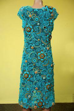 Купить или заказать платье  'Солнце в бирюзе' в интернет-магазине на Ярмарке Мастеров. Платье связано в эксклюзивной технике ирландского кружева. Около 500 отдельных вязаных мотивов собраны тонкой сеточкой. Наряд для изысканных женщин , подчеркнет индивидуальность . привлекательность и никого не оставит равнодушными. Платье связано в единственном экземпляре, точное повторение невозможно.…