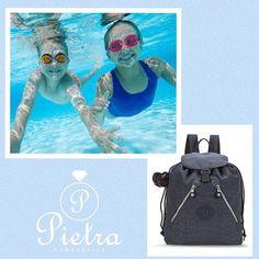 Mamães  não se esqueçam da mochila para a natação !! snap: Pietra.acessorios ️interest : Pietra acessórios @pietra.acessorios