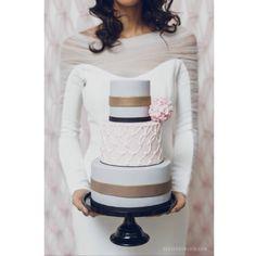 Tarta de boda , wedding cake , PRONOVIAS  #madewithstudio