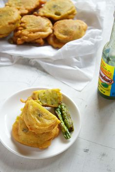 Batata Vada: How to make Batata Vada, Mumbai Batata Vada (potato stuffed vadas) - Gluten Free (uses besan), Vegan