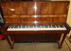 Vintage LIRIKA Oak / Walnut Wood Standard Wooden Upright Piano 88 Keys B92
