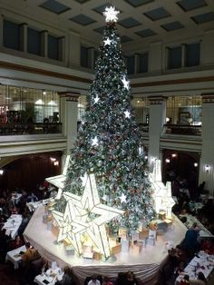 Former Marshall Field's (Macy's) Christmas Tree - 2013