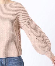 ニット Sweater Knitting Patterns, Knitting Designs, Knit Patterns, Knitwear Fashion, Knit Fashion, Summer Knitting, How To Purl Knit, Ribbed Sweater, Pullover