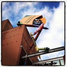 Falling crayons, Easton, Pa