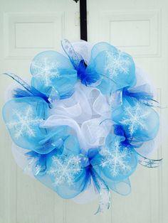Snowflake mesh wreath