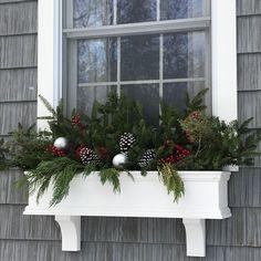 Christmas Window Boxes, Winter Window Boxes, Christmas Planters, Cabin Christmas, Outdoor Christmas, Christmas Wreaths, Christmas Landscape, Deck Planter Boxes, Window Planters